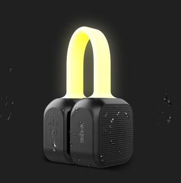 Loa xách tay Bluetooth W-King S22